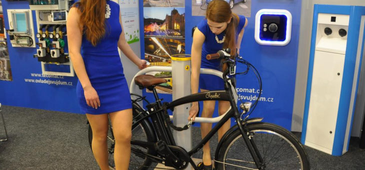 Bikestand for the very first time public on trade fair AMPÉR 2017